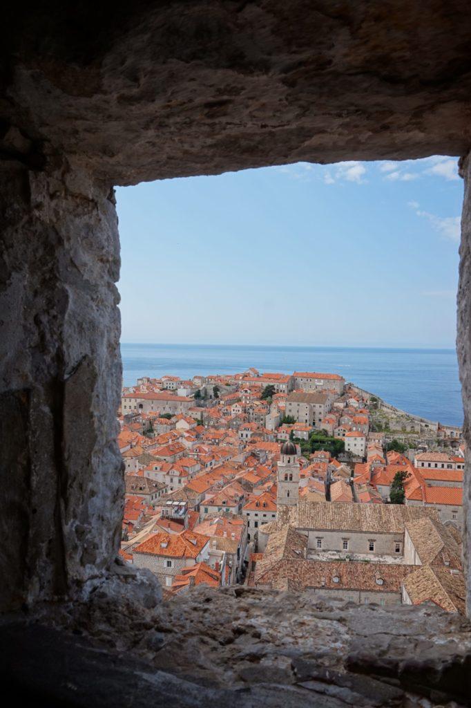ドブロブニクの城壁からの景色